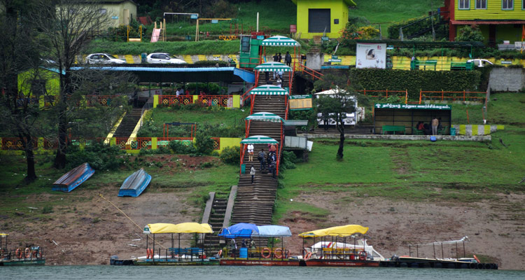 1 Day Ooty Trip from Mysore Tour Package with Ooty Lake / Boathouse